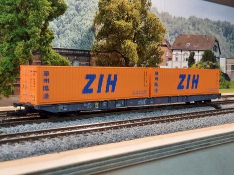 IGRA -  Containertragwagen Sggnss 80 Ermewa + 2x ZIH 40ft (H0)
